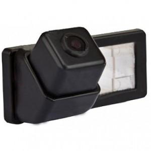 Штатная камера заднего вида PHANTOM CA-1218 для Renault Duster