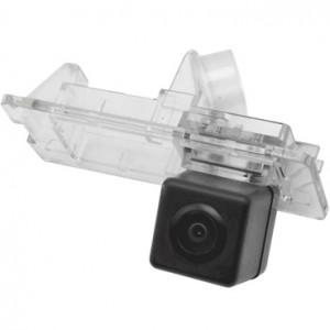 Штатная камера заднего вида INCAR VDC-095 для Renault