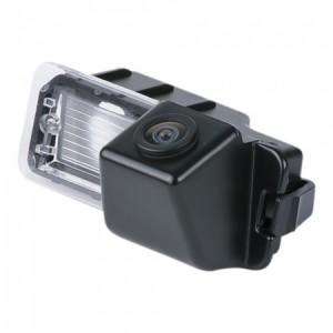 Штатная камера заднего вида MYDEAN VCM-381C для Volkswagen Amarok (2009-), Golf VI (2008-2012), Golf VII (2013-), Passat (2011-) sedan / Porsche Cayenne (2011-)