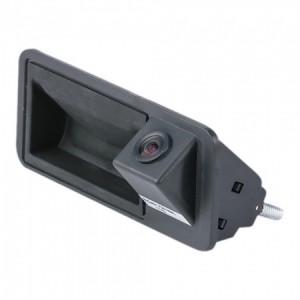 Штатная камера заднего вида MYDEAN VCM-386C для Audi  A3 (2013-), A4 (2008-), A5 (2008-), A6 (2011-), Q5 (2008-) / VOLKSWAGEN Jetta (2011-), Passat (2011-), Tiguan (2007-),Touareg (2010-), Touran (2011-)