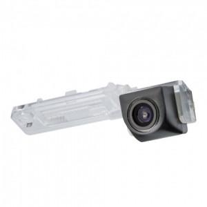 Штатная камера заднего вида MYDEAN VCM-380C для Volkswagen Golf V (2003-2008), Jetta (2005-2011), Multivan (2008-), Passat B6 (2005-2010), Touran (2007-)