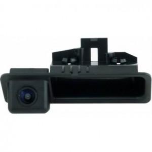Штатная камера заднего вида INCAR VDC-009 для BMW